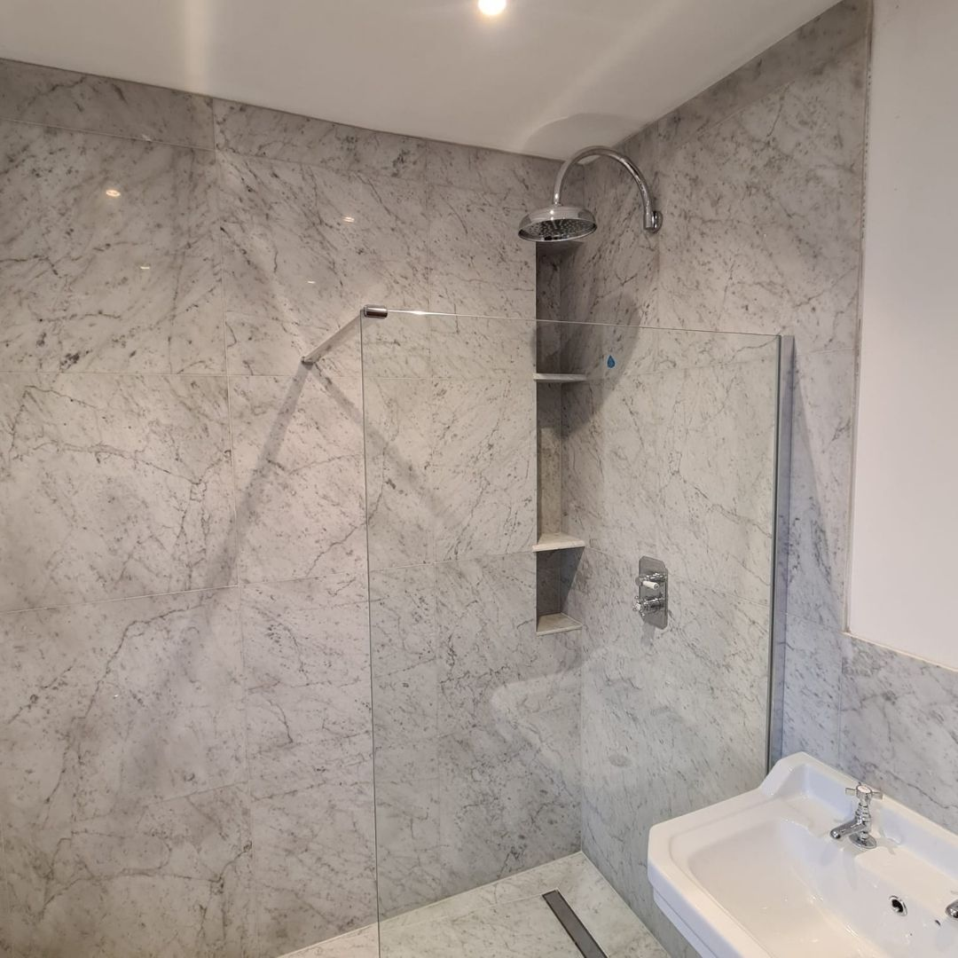 shower and sink fitting